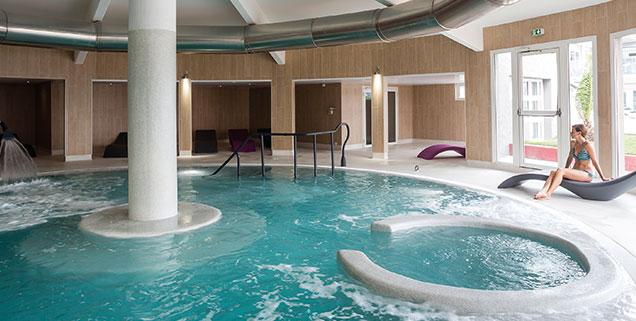 piscine et spa thalazur à Antibes
