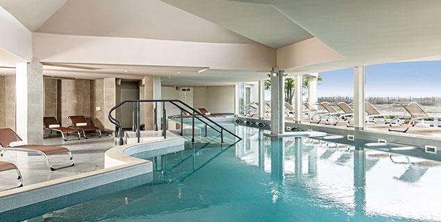 piscine et spa thalazur à Port Camargue