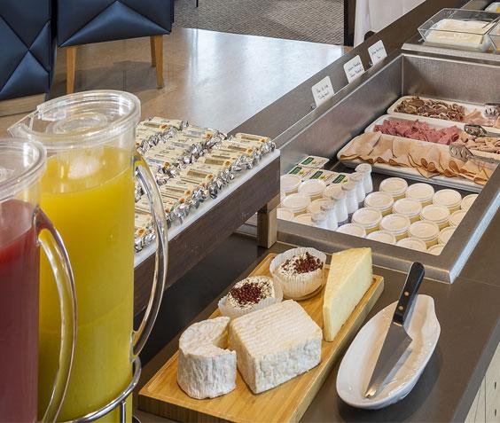 vignette Profitez d'un petit déjeuner inclus si vous séjournez dans les 3 prochains jours ! Vous bénéficiez également du parcours marin inclus
